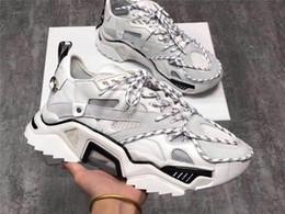 Canada 19SS Triple S Strike Sneakers, Hommes Femmes Vieux Papa Casual Chaussures à lacets Maille Supérieure Surdimensionné Strike 205 Sneaker Avec Taille De La Boîte 35-44 Offre