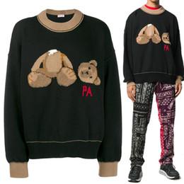 osos bordados Rebajas 19FW lujo Otoño Invierno Europa Italia Broken Toalla bordado del oso de las borlas del suéter de la manera ropa de los hombres Pullover Sudadera Mujeres Suéteres