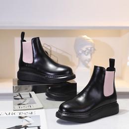 bequeme hohe winterstiefel Rabatt 2019 neue Mode, mittleres Rohr Stiefel, Damenschuhe, High-End-Designer, alle Leder bequeme Freizeitschuhe, Niete High Heel xj19090204