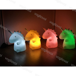 einhorn-nachtlicht Rabatt Vogliovoi Unicorn LED Nachtlicht Pure White PVC Nachttischlampen Harz Baby Kinderzimmer Schlafzimmer Tisch Dekor Lichter Weihnachtsgeschenk