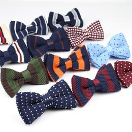 Gestrickte krawatten männer online-Neue stil männer frauen stricken bowtie einstellbare schmetterling double deck neckwear bowties designer strickkleid strickfliege d19011004