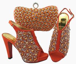 2019 b robes sac à main Femmes corail magnifiques pompes et sac sertie de décoration de cristal coloré chaussures africaines correspondent sac à main pour la robe QSL005, talon 12cm b robes sac à main pas cher