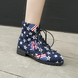 fahne druck schuhe Rabatt US4-13 Frauen Round Toe Ankle Boots Stern US-UK-Flag Printed Canvas warme Winter Motorrad-Schuhe Reit 3Colors Plus Size C880