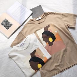 2019 старинная роспись рубашки Винтаж абстрактная живопись лето женщины футболка с коротким рукавом корейский стиль тонкий круглый вырез футболка топы SH190706 скидка старинная роспись рубашки