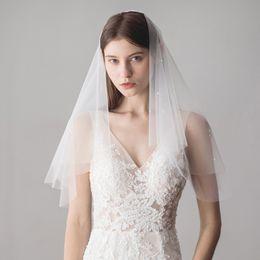 dc169b7787 2019 peines baratos Doble capa de marfil blanco novia velo de novia con  perlas equipado envío