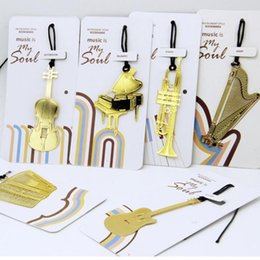 Marcadores coreanos online-Cute Kawaii Golden Metal Music Bookmarks Piano Guitar Trumpet Designs Book marks Korean Stationery Gifts Student Y0015
