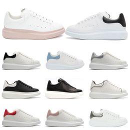 Mulheres sapatos de ouro confortáveis on-line-Platform de couro branco mulheres homens preto ouro vermelho moda confortável tênis plana tamanho da plataforma 36-4