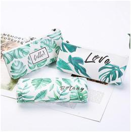 2019 sacos de cosmeticos de melancia Bolsas bonito couro Lápis saco caso Pu Verde Carta Folha Olá meninas do estudante novidade de armazenamento para artigos de papelaria material escolar