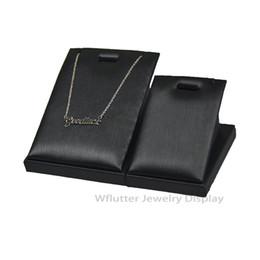 supporto in pelle Sconti Superiore 7 * 8CM o 5 * 6cm Ciondolo portafogli in pelle nera che mostra collana porta ciondolo pendente titolare 5pcs / lot