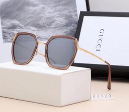 Canada 2019 dernières dames lunettes cadre en métal bordures lunettes de soleil classiques lunettes de soleil mode mince visage modèles féminins ont une boîte cheap edge models Offre