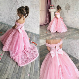 07974b2f1536 2019 Pink Bohemian Wedding Flower Girl Dresses Off The Shoulder Vintage  Lace Child Kid Birthday First Communion Wear