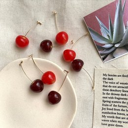Accessoires mignons de cerises en Ligne-Nouvelle mode femmes boucles d'oreilles cerise rouge mignonne douce fête wellmade accessoires élégants boucles d'oreilles pour dames