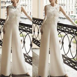 2019 Hot New Robe De Soiree Plus Size Monos personalizados para bodas Pantalones de cuentas con apliques de encaje Vestido de noche blanco para mujer desde fabricantes