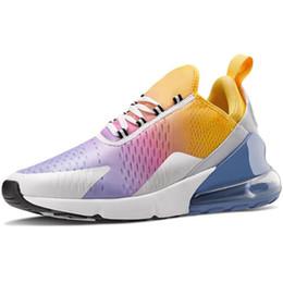 2019 zapatillas más calientes Nuevo 2019 Venta caliente Zapatos de diseño Hombres Zapatos para correr para mujeres Zapatillas de deporte Zapatillas de deporte Triple Negro Blanco Be True Shoes zapatillas más calientes baratos