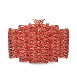 Frizione di sera del rhinestone rosso online-XIYUAN rosso strass Evening Clutch Handbag Fashion Gold Metal Mini Pochette da sposa da sposa Luxury Party Chain Purses
