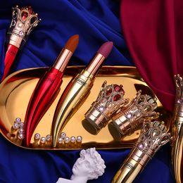 Nus batons on-line-UCANBE Marca Velvet Matte Lipstick Set Luxo Maquiagem Rainha Crown cremosa batom Suave Rosa Nude impermeáveis Cosméticos Lasting