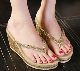 99757a488cd281 2019 Woman Bling Shoes Platform Sandals Slippers Wedge Beach Sandals Shoes  Female High Heel Slippers For Women Flip-Flop 3396