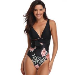 2019 novo maiô com profundo V praia maiô com costas abertas biquíni swimwear praia terno Simples impressão swimsuit para mulher branco preto de Fornecedores de maiô simples