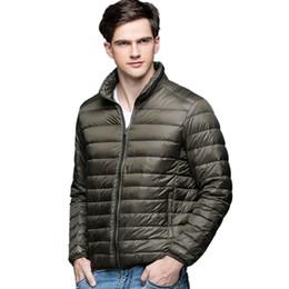 capucha chaqueta de pana Rebajas Nuevo otoño invierno hombre pato abajo chaqueta ultra ligero delgado más el tamaño chaquetas de primavera hombres soporte de cuello abrigo abrigo color sólido tamaño S-3XL
