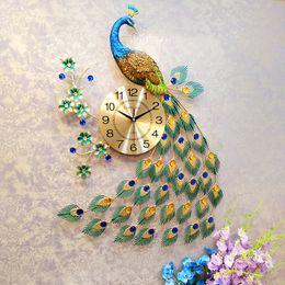 relojes de pared de lujo moderno Rebajas Villas del pavo real del reloj de pared Decoración de la sala de lujo / dormitorio Silencio pared del reloj del diseño moderno del reloj de metal relojes digitales