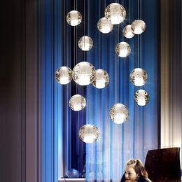 luces led colgando barra Rebajas Moderna bola de cristal LED luces colgantes accesorios lámparas de escalera múltiple barra lámpara colgante para hotel villa apartamento dúplex