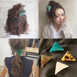 Accesorios de pelo japan online-Japón y Corea Mujeres Popular Verde Mármol Triángulo Pinza de pelo Agarre Ácido acético Accesorios de la garra del pelo