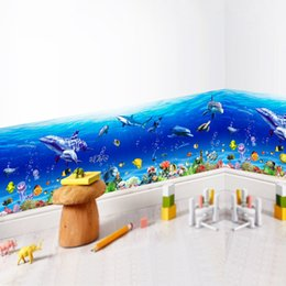 Revestimiento de paredes de baño online-Pegatinas de pared desmontables Underwater World Sea Fish bordeando la línea pegatina para bebés y niños Nursery Bathroom Home Decor calcomanías de PVC