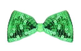 Natale ricamo paillettes fiocchi glitter Barrettes con clip per bambine Regali di Natale per bambini Accessori fai da te 18 colori cheap diy sequins bow da i sequins diy prua fornitori