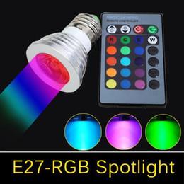 cores led mr16 Desconto RGB 3 W E27 GU10 Levou luz Da Lâmpada E14 GU5.3 85-265 V / MR16 12 V Levou lâmpada de iluminação 16 Cores Mudar + IR Controle Remoto luzes led