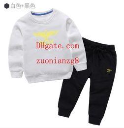 Добавить долго онлайн-Детская одежда Модный комплект из 2 предметов Одежда для малышей Верхняя одежда для мальчиков с длинным рукавом + Брюки Спортивная одежда Детская спортивная одежда add-idas9