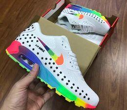 2019 chaussures de course légères Livraison gratuite nbspNIKE AirnbspMax 90 chaussures de course de mode classique homme femmes MAX absorbant les chocs, chaussures de course de poids léger, baskets chaussures de course légères pas cher