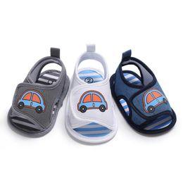 Baby-sandale muster online-Nettes Auto gedruckt Baby Tuch Sandalen Silikon Sohle Anti-Rutsch-Sommer Schuhe 3 Farben für 0-1 T Jungen Fahrzeug Muster Schuhe