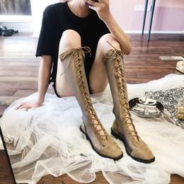 Плоские высокие сандалии среза онлайн-Youbroer Open-cut Mesh Boots Summer High Block Boots with A Chunky Toe Strap and Flat Mesh Strappy Gladiator Sandals