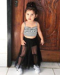 top negro de mujer Rebajas 2019 Nueva ropa para niños Moda Baby Girl Suspender White Black Stripe Crop Tops Falda larga de tul 2 piezas Trajes Ropa para niños