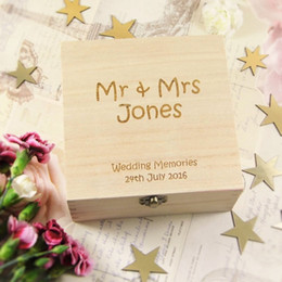 hölzerne hochzeitsgeschenkgeschenke Rabatt Personifizierte Braut-Bräutigam-Hochzeits-Gedächtnis-Holzkiste Herr Mrs Anniversary Party Gifts Holder Wood Wedding Favor Party Supplies