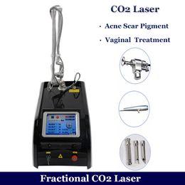 cicatrices d'acné fractionnées au laser Promotion Machine partielle de laser de CO2 Équipement partiel de retrait de cicatrice de laser d'acné de laser de CO2 Traitement de ride tube de métal de CO2 équipement de resurfaçage de peau