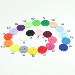 1000pcs / lot 15mm rotonda di alta qualità flatback 2 fori pulsanti in resina di colore solido solido cucendo sulla camicia pulsanti di cucito tinti eco-friendly da