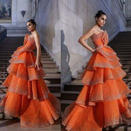 Bling orange prom vestidos on-line-2020 Nova Laranja Prom Vestidos sem alças A Festa Linha hierárquico Saias Bling Beads Vestido Wear Custom Made vestidos ocasião formal