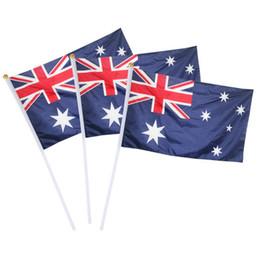 Drapeau de main de 21 cm en Ligne-14 * 21cm Drapeau Australie Creative Activité Polyester bannière onduler main Rod Drapeaux Parti de fête Bannière Home Décor TTA1425-7