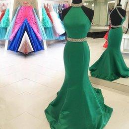vestidos de noite com colar de strass Desconto Vestidos de formatura verde 2019 frisado colarinho cabeçada sereia vestido de noite strass cintura sweep trem Robe de soirée