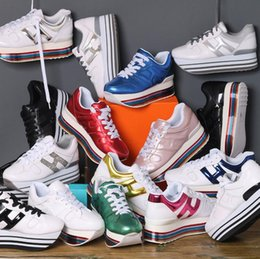 H sapatos on-line-Moda Clássico Estendido Rainbow Sole Plataforma Lace Up Causal Mulheres Sapatos Bonito H Sneakers Para As Mulheres de Couro Genuíno