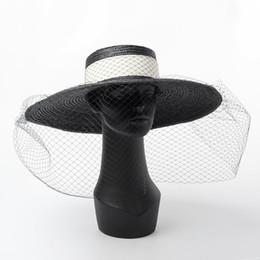 sombreros de papel para mujer Rebajas 01812-HH7269 2019 nuevo estilo de papel hecho a mano de la paja desige Hepburn elegante Mujer en la tapa vacaciones de sol, sombrero retro ocio de señora malla