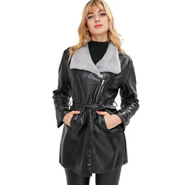 2018 Herbst Frauen Schwarz Dünne Dame Leder Damen Damen Winter Gürtel Plus Samt Revers Kunstleder Mantel faux chaqueta von Fabrikanten
