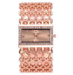 2019 moda europea y americana nuevo reloj de diamantes rectangular reloj de pulsera de cuarzo multicolor de moda para mujer reloj exquisito desde fabricantes
