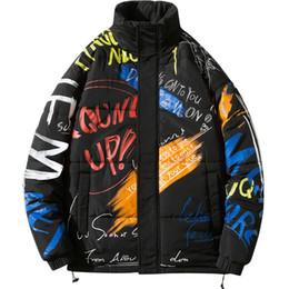 2020 roupas pretas modernas Brasão Trendy Man Inverno Men Impressão de Graffiti Coats Windproof Keep Warm Preto M-5XL roupas de inverno homens roupas pretas modernas barato