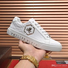 fashion dog shoes Coupons - Fashion new designer luxury shoes Casual Shoes white women sneakers good embroidery bee cock tiger dog fruit on the side with OG box