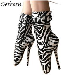 Zebra Stivaletti Ballet Tacchi alti Donna Scarpe Sm Boot Scarpe sexy Fetish 7  pollici Unisex Gay Lace Up Tacchi Pole Dancing scarpe da ballo sexy di palo  ... ba826f70672