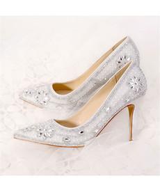 Zapatos de boda cómodas damas de honor online-Downton Cristales hechos a mano Zapatos de boda Zapato nupcial dama de honor tacones altos Fiesta de baile Bombas moda zapatos 6cm 9cm tacón cómodo tamaño 33-40