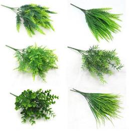 Piante artificiali da tavola online-7 Forcella acqua erba Eucalipto Plastica Piante Artificiali Erba Verde fiore di plastica Pianta Decorazione Della Casa Matrimonio Tavolo Decori GA681