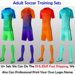 2019 nomes de equipe laranja 2019 Laranja Cor Azul Verde dos homens Camisas de Futebol Define Profissional Personalizar Nome Da Equipe de Futebol Clubes Logos Uniformes de Treinamento Ternos de Camisa nomes de equipe laranja barato